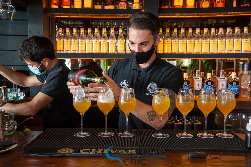 Jon Rojas bartender trocadero benalmádena
