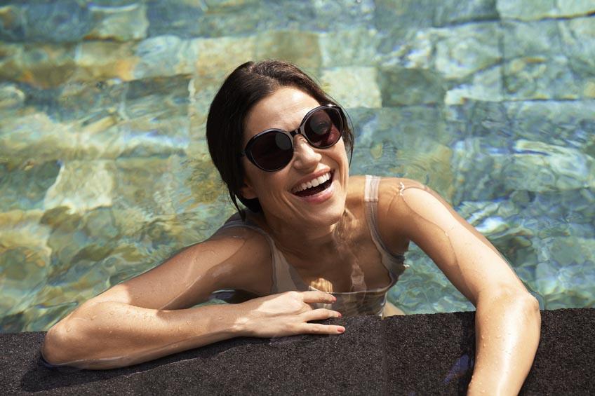 protección UV specsavers ópticas marbella